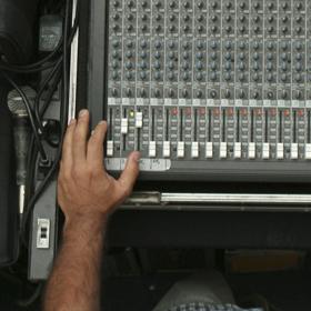 aulas-para-operar-mesa-de-som